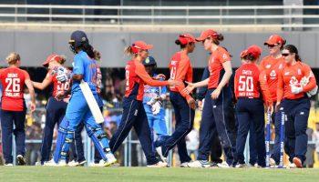 बल्लेबाजों ने किया निराश