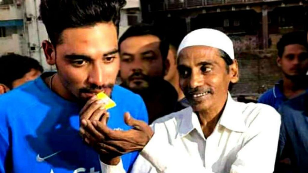 India Pacer Mohammed Siraj S Father Passes Away Due To Lung Illness